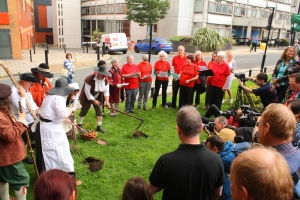 Diggers' Festival 1649 Digging Re-enactment